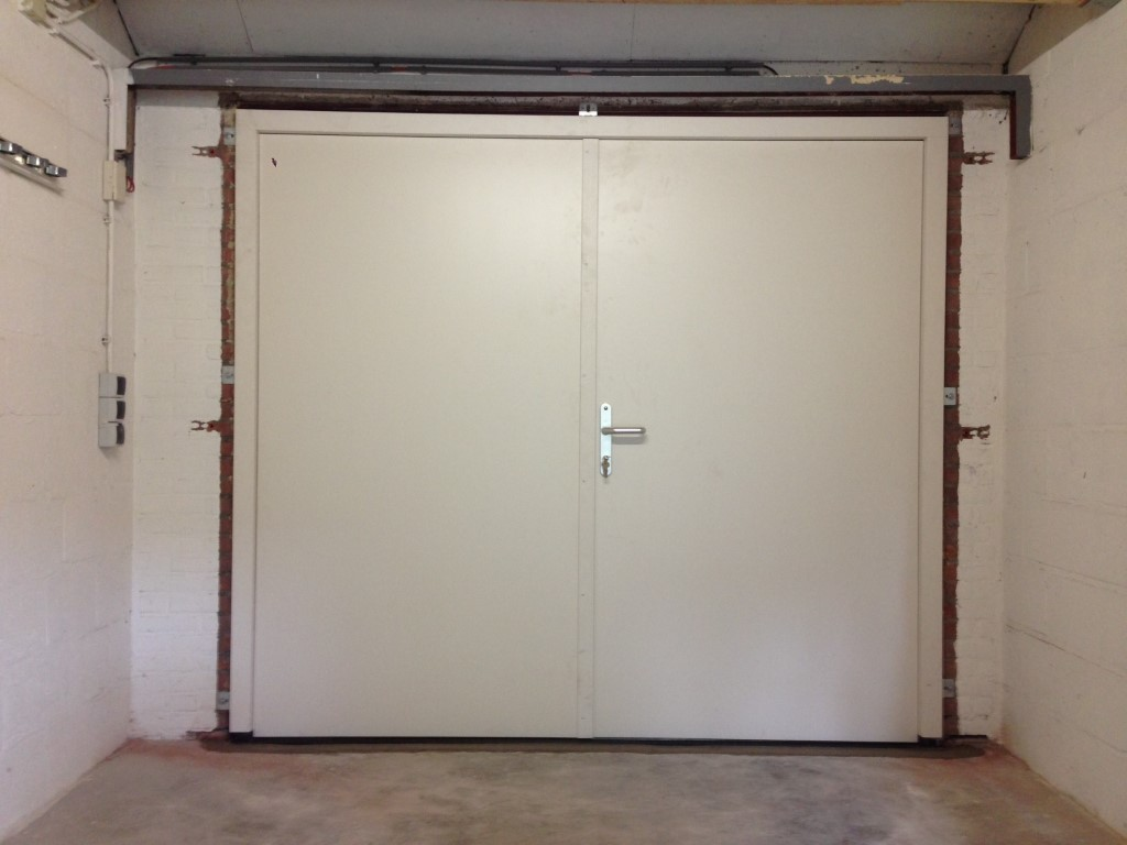 Houten openslaande deuren different doors - Deur kast garagedeur ...